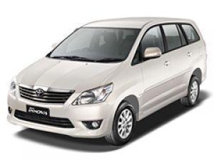 2013 Toyota Innova Minivan DX