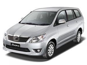 2013 Toyota Innova Minivan GL