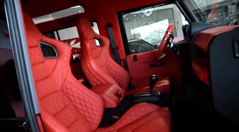 Land Rover Defender Interior - Motoraty