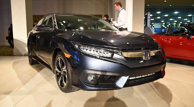 Honda Civic, Volvo XC90