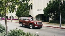 Special 2016 GMC Yukon SLT Premium Edition Launched