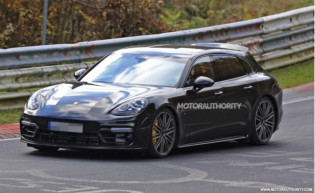 Porsche panamera sport turismo concept spied test driving motoraty porsche panamera sport turismo concept sciox Image collections