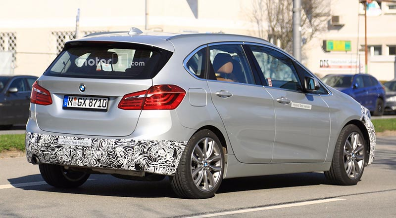 2018-bmw-2-series-active-tourer-facelift-spy-photo4 - motoraty
