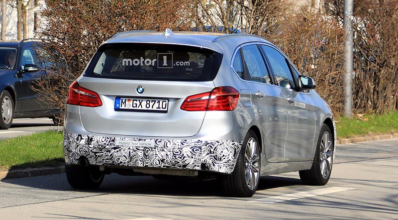 2018-bmw-2-series-active-tourer-facelift-spy-photo5 - motoraty