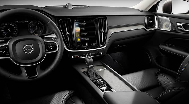 New Volvo V60 interior - Motoraty