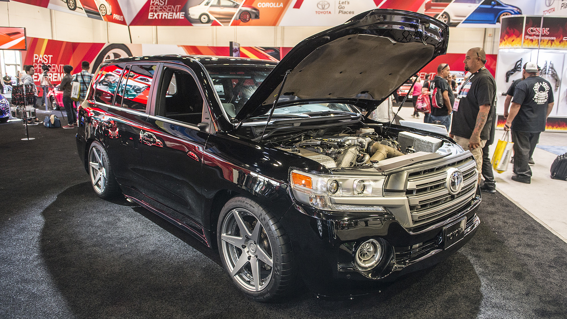 Toyota Land Speed Cruiser with 2,000 HP at 2016 SEMA Show
