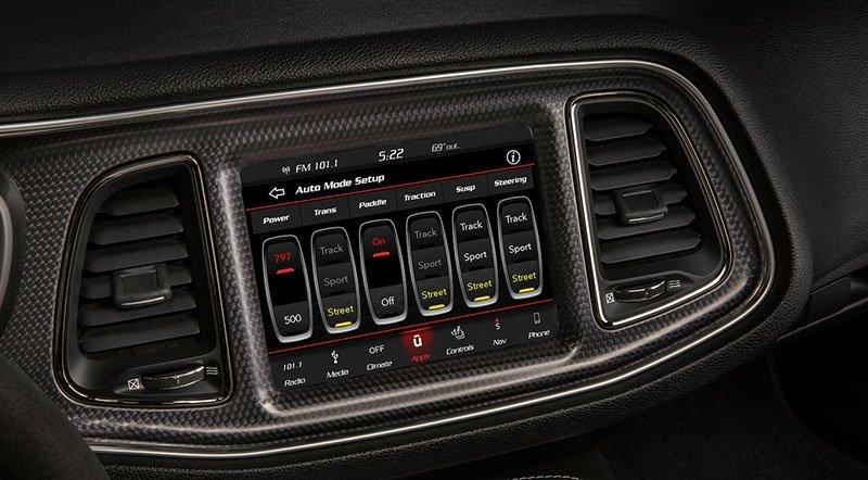 Dodge Challenger Interior >> 2019 Dodge Challenger Srt Hellcat Redeye Widebody Interior