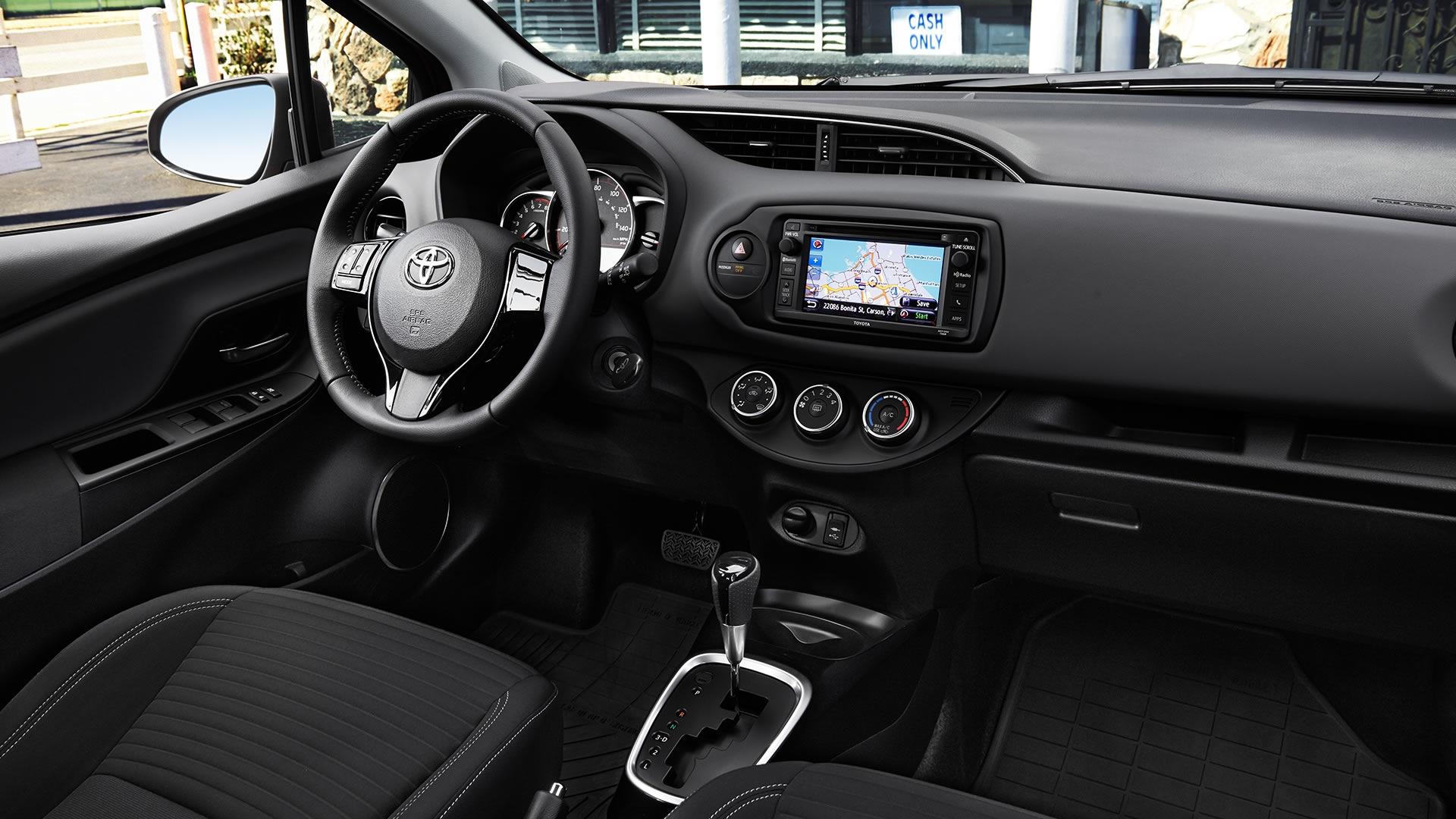 Kekurangan Toyota Yaris 2017 Spesifikasi