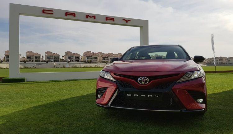 سيارة تويوتا كامري 2018 بشكل رياضي جذاب
