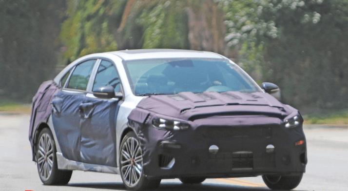 صور سيارة كيا سيراتو جي تي 2019 أثناء الاختبار موتوراتي